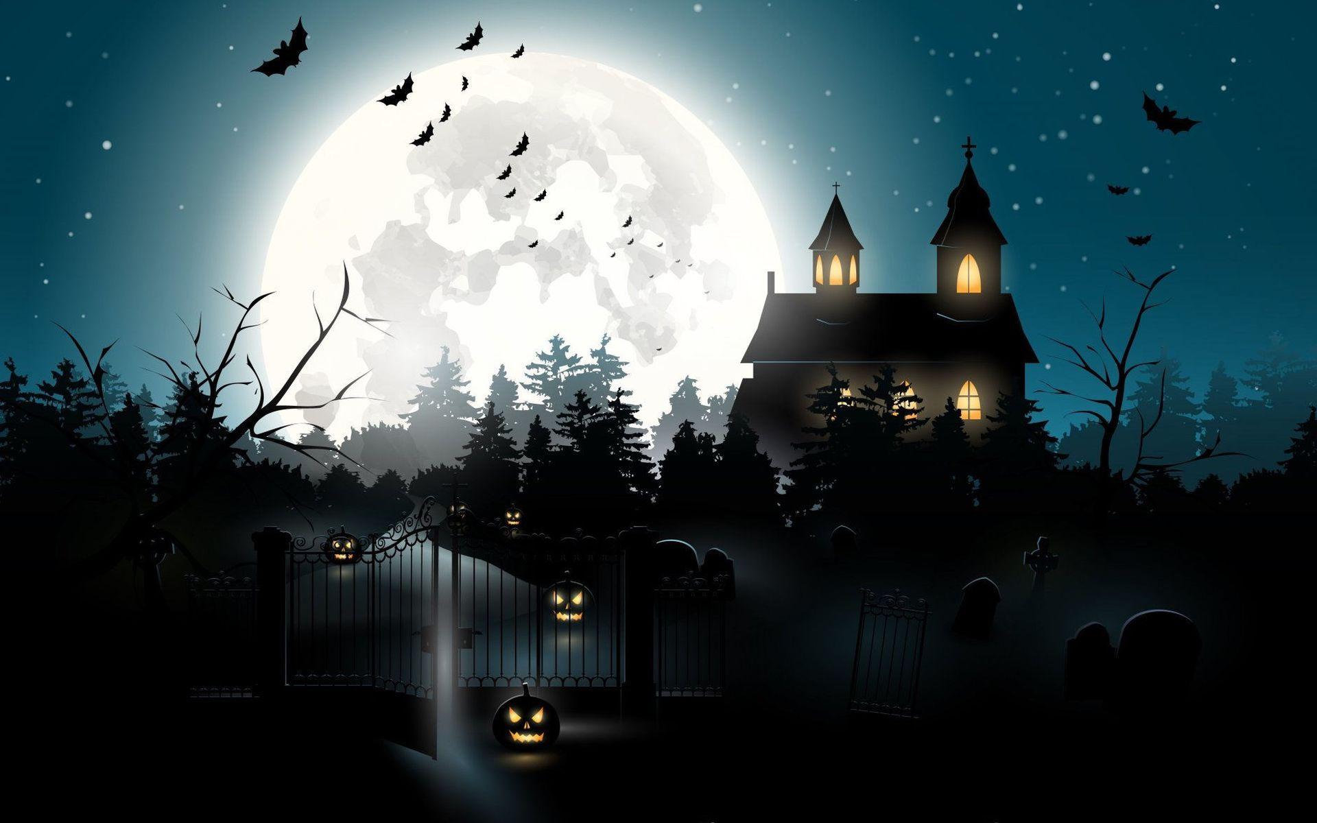 Темный замок на фоне полной луны