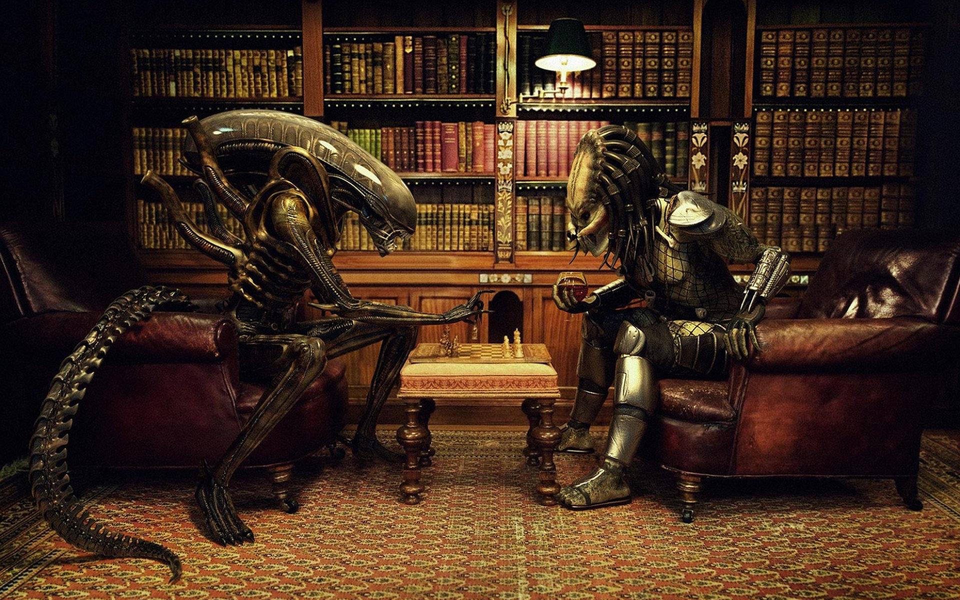 Чужой играет в шахматы с хищником