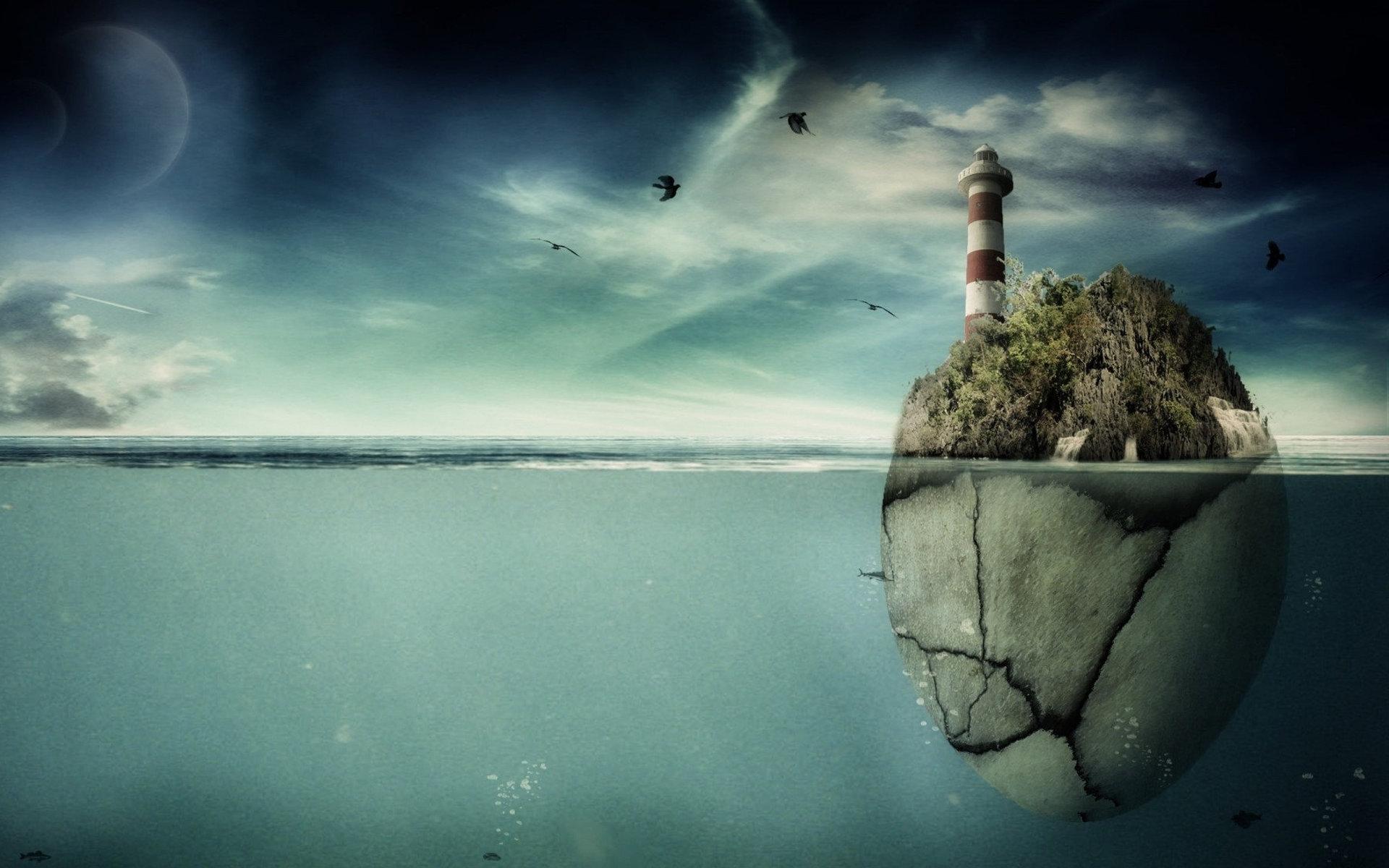 Остров-яйцо с маяком
