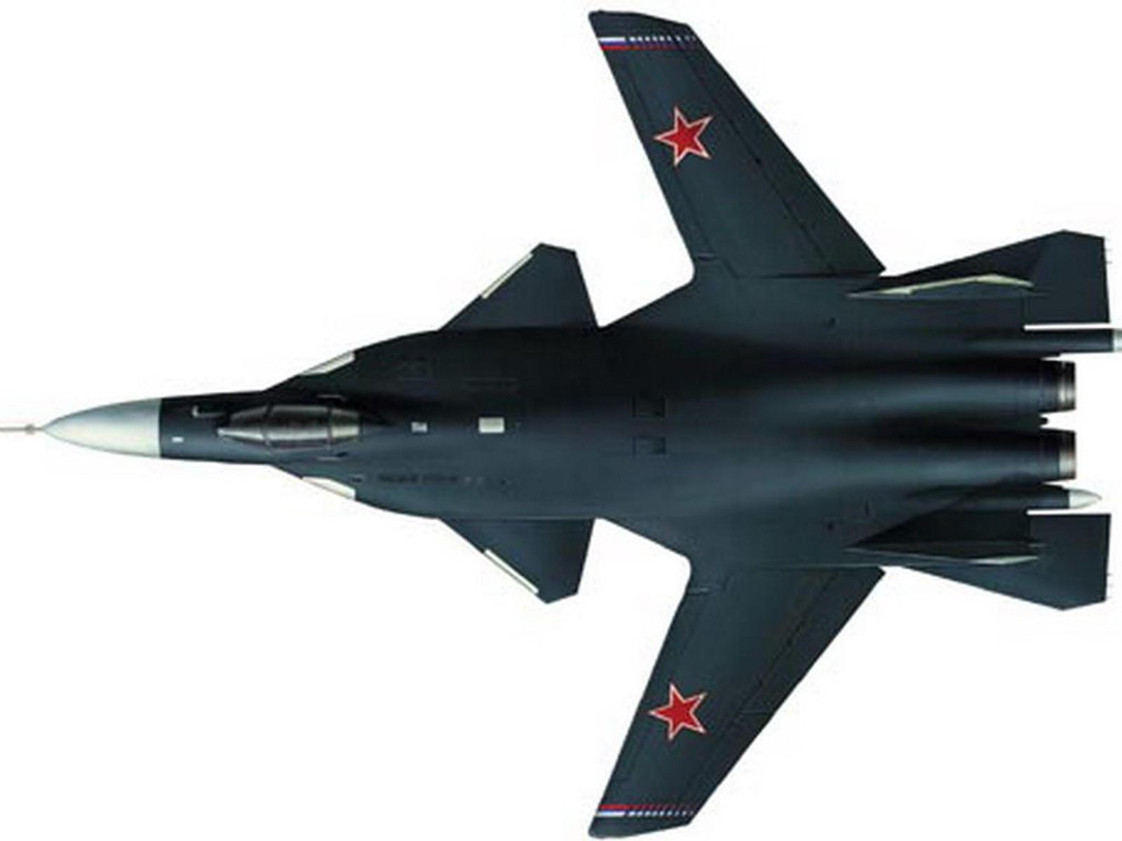 Су-47 Беркут с крылом обратной стреловидности