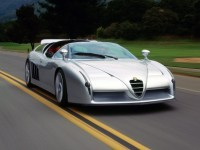 Красивый автомобиль Alfa Romeo на фото. Обои с автомобилями Alfa Romeo