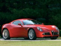Картинка автомашины Alfa Romeo. Обои с автомобилями Alfa Romeo