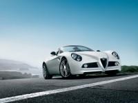 Фотообои автомобиля Альфа Ромео. Обои с автомобилями Alfa Romeo