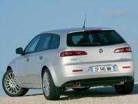 Фотообои машины Alfa Romeo. Обои с автомобилями Alfa Romeo