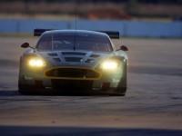 Автомашина Астон Мартин на картинке. Обои с автомобилями Aston Martin