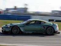 Изящная автомашина Астон Мартин на обои. Обои с автомобилями Aston Martin