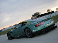 Фотография автомашины Астон Мартин. Обои с автомобилями Aston Martin