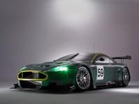 Изящный автомобиль Aston Martin на фотообои. Обои с автомобилями Aston Martin