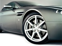 Фото авто Aston Martin. Обои с автомобилями Aston Martin