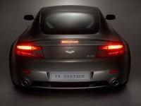 Фотообои автомобиля Aston Martin. Обои с автомобилями Aston Martin