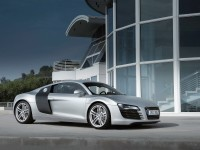 Машина Audi на отличной фотообои. Обои с автомобилями Audi