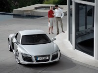 Автомашина Audi на халявной обои. Обои с автомобилями Audi