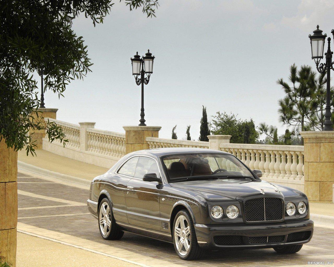 Изображение автомобиля на обои , Нажмите на картинку с обоями автомобиля bentley, чтобы просмотреть ее в реальном размере
