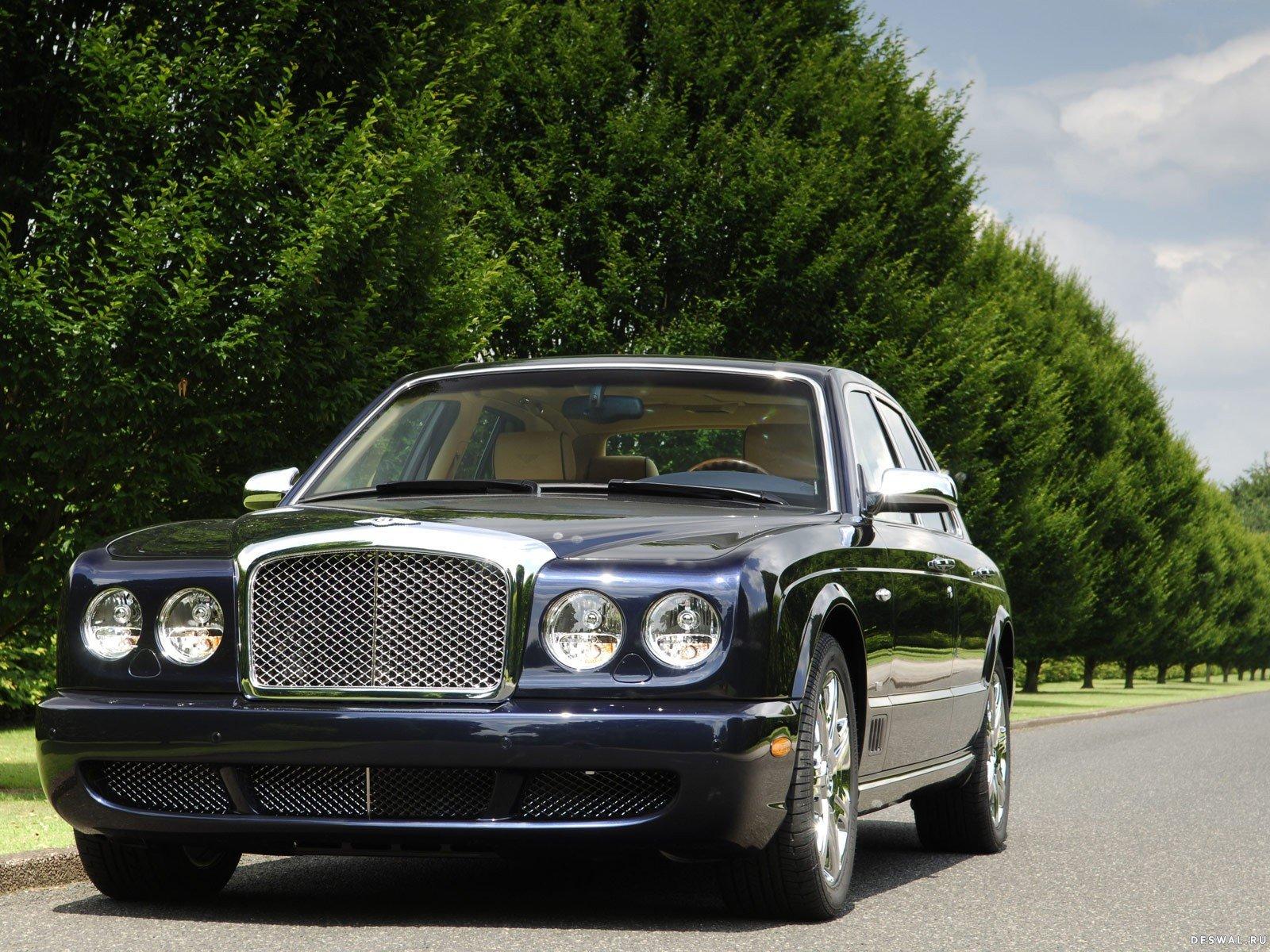 Изображение Bentley на классной обои, Нажмите на картинку с обоями автомобиля bentley, чтобы просмотреть ее в реальном размере