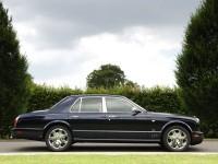 Автомобиль Bentley на бесплатной картинке. Обои с автомобилями Bentley