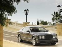 Изображение автомобиля на обои . Обои с автомобилями Bentley