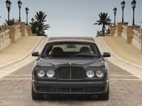 Автомашина Bentley на качественной фотографии. Обои с автомобилями Bentley