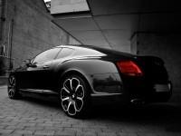 Изображение автомашины на фотообои . Обои с автомобилями Bentley