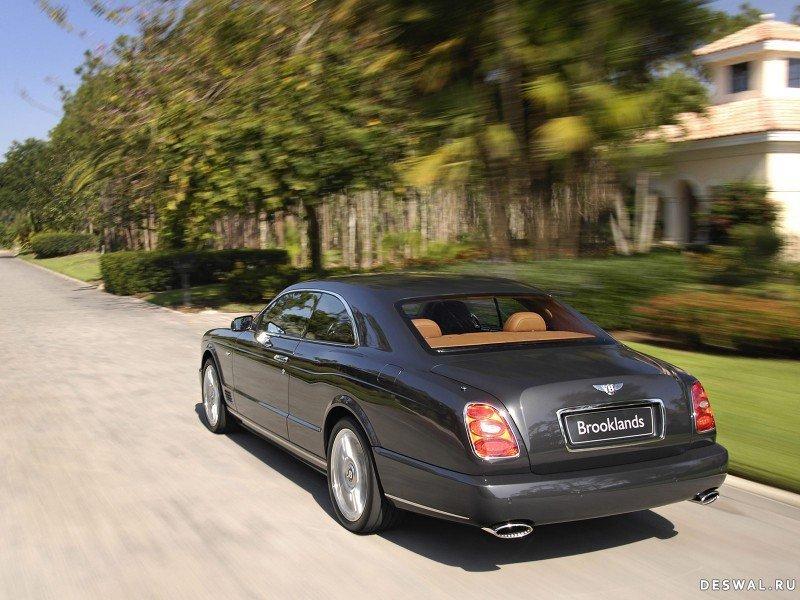 Изображение автомашины Bentley на фотообои, Нажмите на картинку с обоями автомобиля bentley, чтобы просмотреть ее в реальном размере