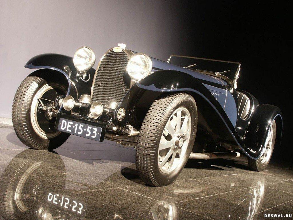 Автомашина Бугатти на фото, Нажмите на картинку с обоями автомобиля bugatti, чтобы просмотреть ее в реальном размере