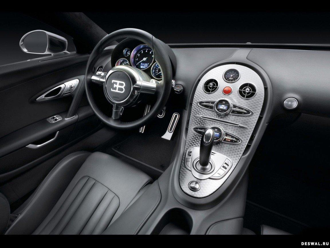 Автомашина Bugatti на бесплатной фотообои, Нажмите на картинку с обоями автомобиля bugatti, чтобы просмотреть ее в реальном размере