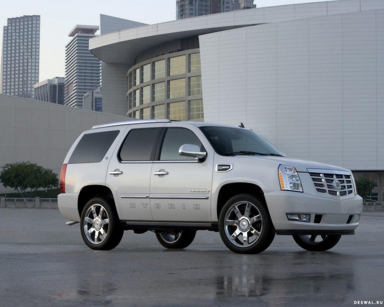 Автомобиль Кадиллак на хорошей обои, Нажмите на картинку с обоями автомобиля cadillac, чтобы просмотреть ее в реальном размере