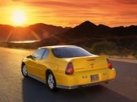 Изящный автомобиль Chevrolet на фотообои. Обои с автомобилями Chevrolet