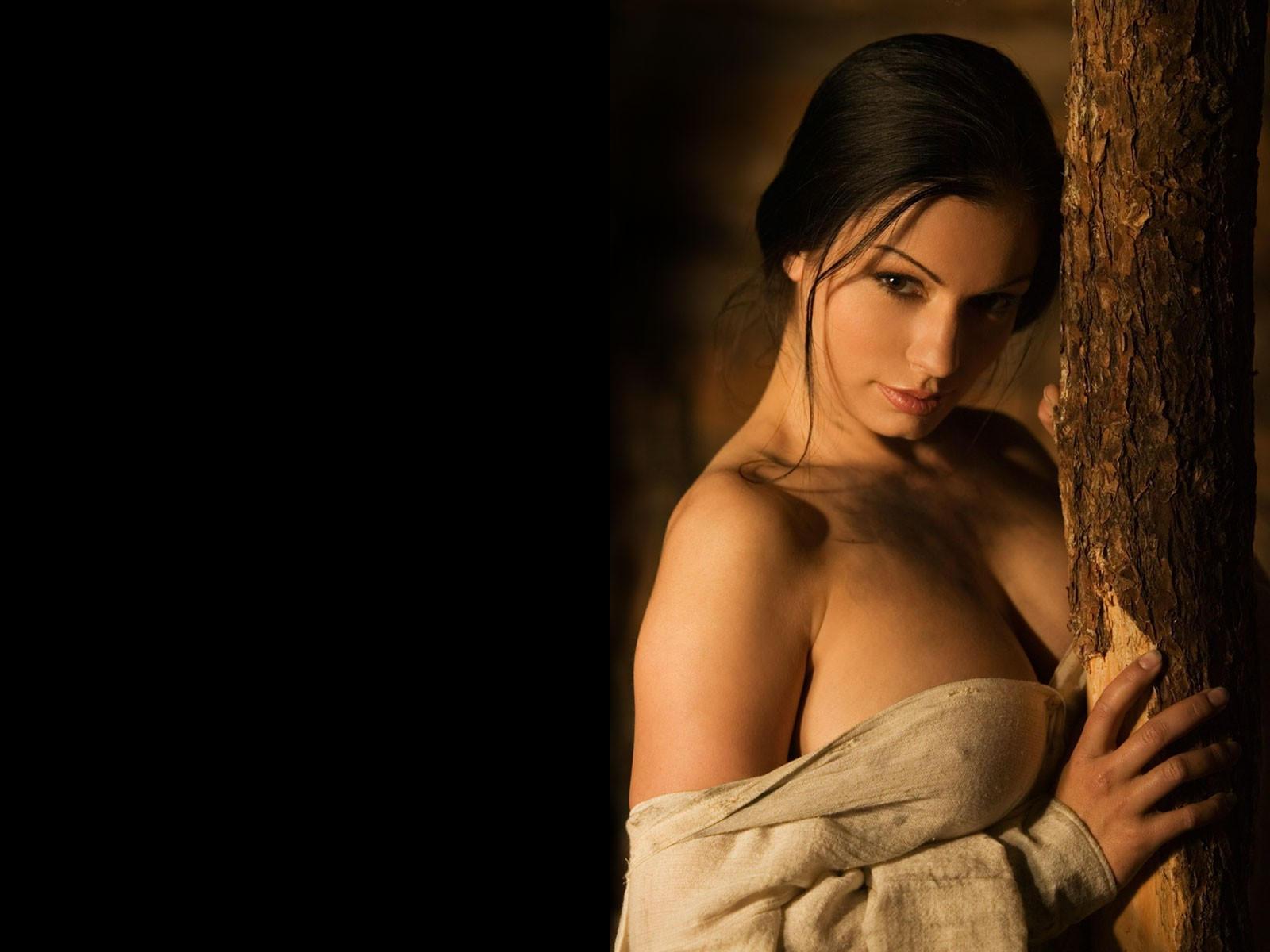 Яндекс картинки девушка руки валасатие бесплатно 26 фотография