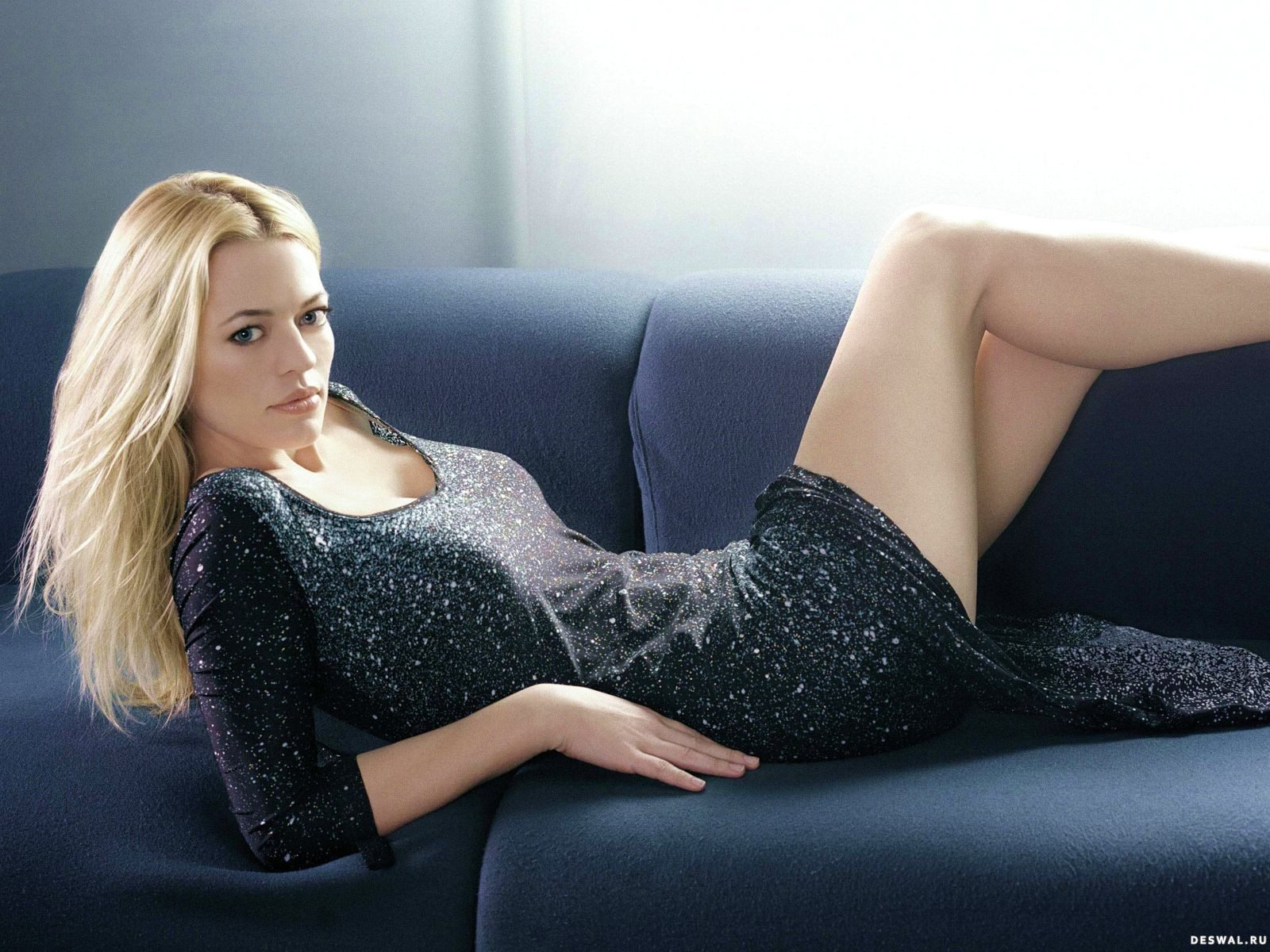 Роковые блондинки смотреть онлайн 21 фотография