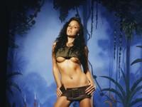 Девица на горячем фото