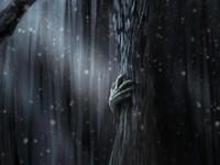 Страшная рука за деревом