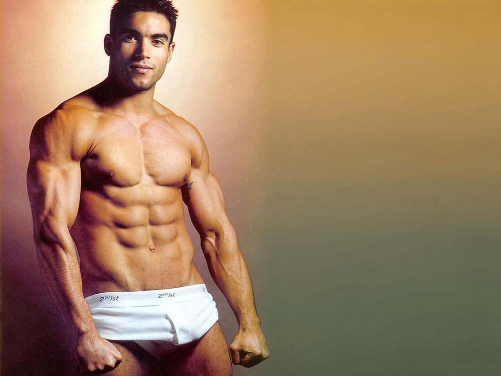 Как сделать идеальным свое тело парню