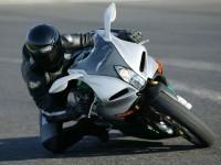Мотоцикл Benelli на качественной обои.. Обои мотоцикла Benelli