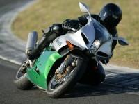 Мото Бенелли на качественной фотообои.. Обои мотоцикла Benelli