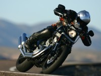 Мотоцикл Харлей-Дэвидсон на великолепной фотографии.. Обои мотоцикла Harley-Davidson