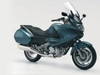Изображение мотоцикла Honda на фотографии.. Обои мотоцикла Honda