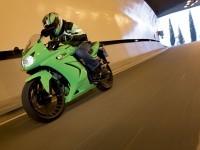 Мотоцикл Кавасаки на великолепной фотографии.. Обои мотоцикла Kawasaki