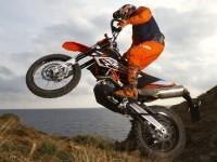 Мотоцикл КТМ на бесплатной фотографии. Обои мотоцикла KTM