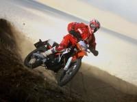 Изображение мотоцикла KTM на фотообои. Обои мотоцикла KTM