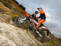 Мото КТМ на замечательной картинке. Обои мотоцикла KTM