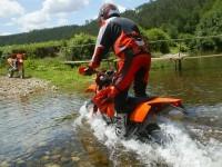 Мотоцикл KTM на хорошей обои. Обои мотоцикла KTM