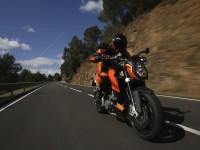 Красивый мотоцикл KTM на фотообои. Обои мотоцикла KTM
