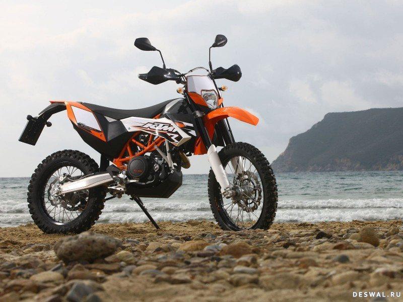 Мотоцикл КТМ на качественной обои. Нажмите на картинку с обоями мотоцикла ktm, чтобы просмотреть ее в реальном размере