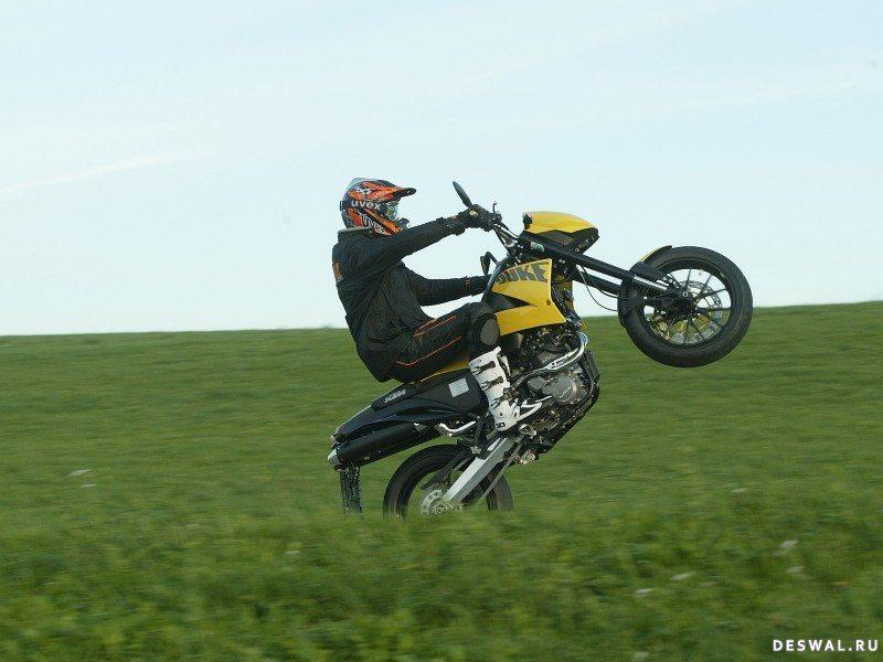 Картинка мотоцикла КТМ. Нажмите на картинку с обоями мотоцикла ktm, чтобы просмотреть ее в реальном размере