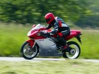 Мотоцикл МВ Агуста на прекрасной фотографии. Обои мотоцикла MV Agusta