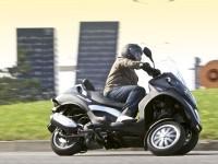 Мото Пиаджио на прекрасной обои. Обои мотоцикла Piaggio