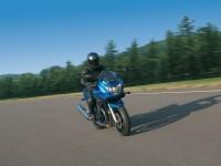 Мотоцикл Сузуки на фотографии. Обои мотоцикла Suzuki