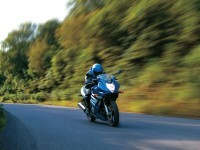 Изображение мото на фото. Обои мотоцикла Suzuki