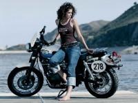 Триумф на фотографии. Обои мотоцикла Triumph