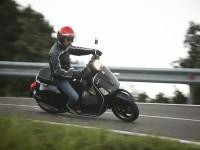 Изображение мото Vespa на обои. Обои мотоцикла Vespa